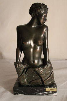 Sculpture; Woman trapped - Late 20th century