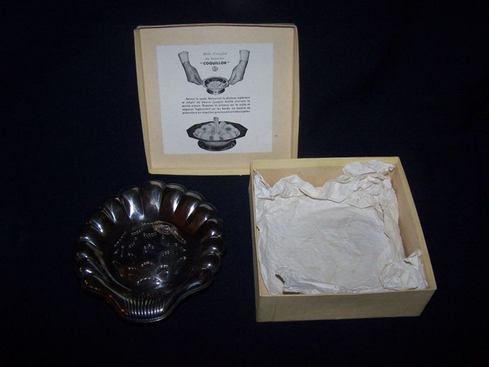 An elegant and sophisticated silver plate 1950's French ...