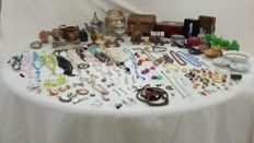Collection of vintage jewellery and objects
