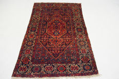 Persian carpet, antique Hamadan – 186 x 125 cm