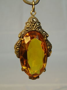 Art Nouveau pendant with large citrine spinel weighing approx. 25 ct and marcasites
