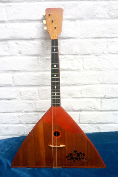 Old Russian BALAILAIKA 3 strings