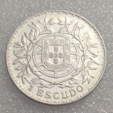 Portugal – Republic- 1 Escudo 1915 – Silver – Fabulous