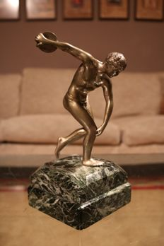 Solid bronze sculpture of a Greek athlete - France - approx. 1920