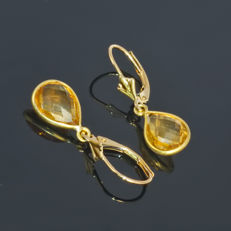 Pair of 14kt/585 yellow gold tulip leverback earrings with jewellery quality golden Citrine – Length 2.7 cm