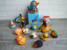 Lehmann, Western Germany - Several dimensions - Lot with 14 tin / plastic animals with clockwork / friction motor, 1950s/80s
