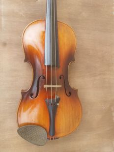 "Antique ""Steiner"" 4/4  violin - 19th century"