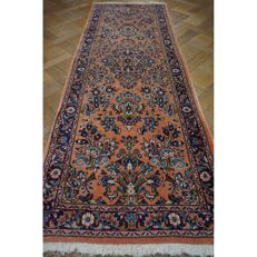 Unique Persian carpet Sarouk runner, best wool, made in Iran, 220 x 80cm, mint condition