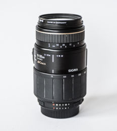 Sigma for Nikon Mount AF 70-300mm D Zoom APO Macro lens with B+W UV filter