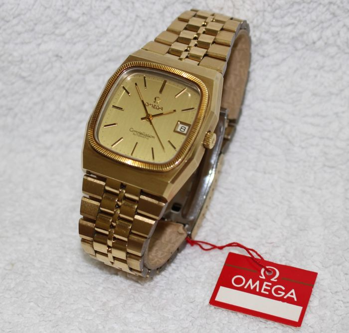 b2c2fb35e3f7e Omega Constellation 18k Gold Bezel Automatic New Old Stock - Men s Watch -  1970 s