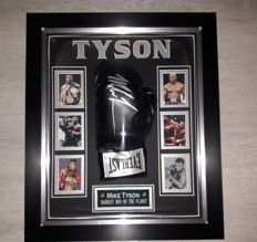 Mike Tyson Autographed Everlast Boxing Glove In Dome + COA (JSA) James Spence Authentication