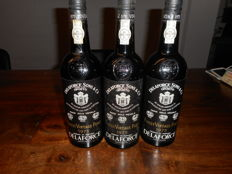 1975 Vintage Port Delaforce Sons & Ca - 3 bottles