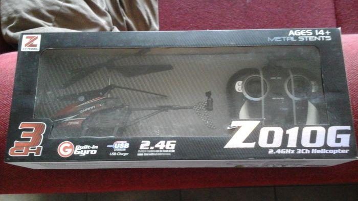2 x rc helicopter Z010g set.