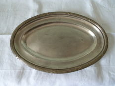 Rare silver plated serving tray with 3 hallmarks from the world-renowned hotel LE BRISTOL in Paris, with serial number