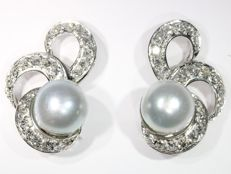 Fifties platinum cocktail earrings with diamonds and pearls - Anno 1950