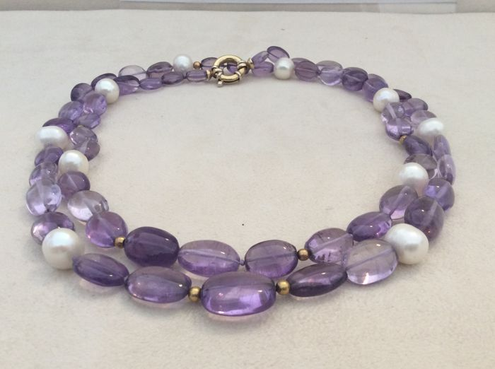 Amethyst and 18 kt gold