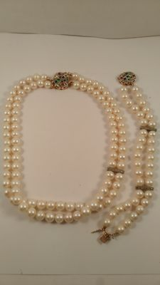 bracelet and necklace in 18 kt gold with pearls and diamonds for 0.25 ct