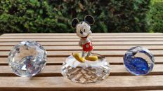 Arribas Mickey Mouse - display - paperweights (2)