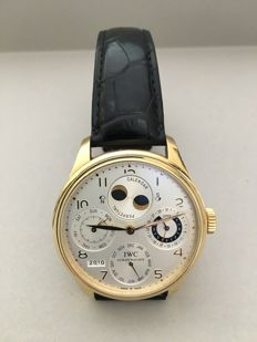 IWC Portuguese Perpetual Yellow Solid Gold Calendar Moonphase - Automatic - like new