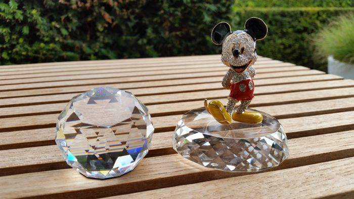 Arribas Mickey Mouse - display - paperweight