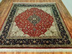 Original and wonderfully  Isfahan finely hand made 247x280 cm TOP Condition & Quality