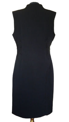 Calvin Klein - Small black dress with tailored waist - No reserve price.