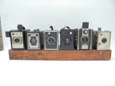 A lot of 6 box cameras various types Coronet, Conway, Vena, Rodenstock, Monty and finally a Alphons box camera various production years