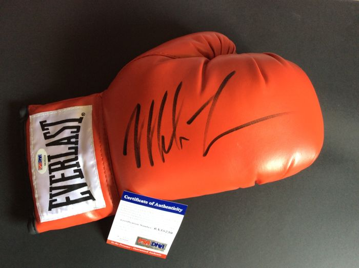 Mike Tyson world heavyweight boxer, Everlast glove, originally signed  + COA psa