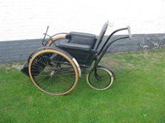 Lely - wheelchair - 1930s