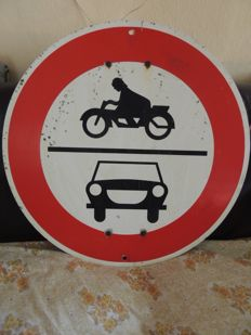 Rare metal traffic sign - Ca. 1950 - 60x60 cm