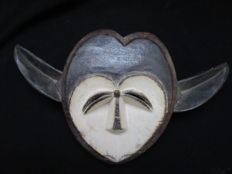 KWELLE or KWELE mask - Gabon