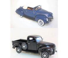 Franklin Mint - Scale 1/24 - Ford de luxe Convertible Worlds Fair Car 1939 and Ford Pick up 1940