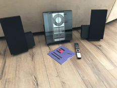 Great Bang & Olufsen set consisting of a BeoSound 2500 with 2 BeoLabs 2500