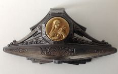 St. Teresa medal on a tin stoup - Signed - France - Art deco