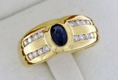 18 kt yellow GOLD ring, Sapphire and Diamonds - Size: 56.