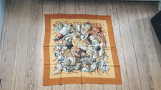 Hermes Paris - 'Gibiers' scarf designed by Henri de Linares, in very good condition