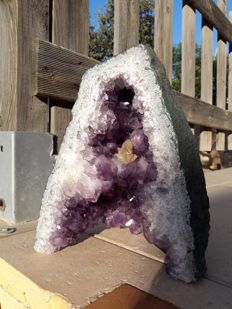 Large cathedral Amethyst - 23 x 20 x 14 cm - 5100 g