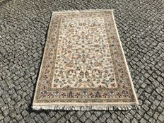 Unique INDO-KESHAN Rug Hand knotted 195x115cm  -LOOKS PERFECT !