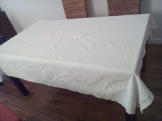 Very old linen/cotton tablecloth 202/152