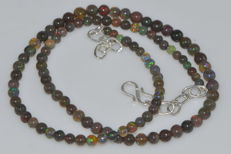Necklace with natural opals, multi-colour, necklace length 41 cm