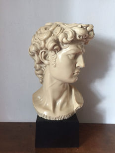"""David"" bust of composition resin - 21st century"