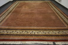 Magnificent handwoven Oriental palace carpet, Sarouk Mir, 355 x 450cm made in India, excellent highland wool