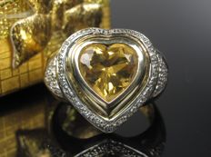 Old gold ring with citrine and diamond 1970s