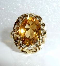 Antique ring 8kt / 333 gold with large natural citrine of 54 / 17.2mm *no reserve price*