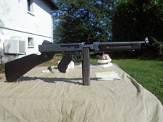 Authentic automatic machine pistol Thompson M1! The mythical weapon of operation OVERLAND and the liberation of Europe!