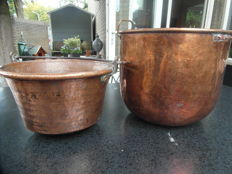 Copper cauldron and one-handled basket - First half of the 20th century