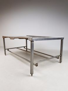 Industrial workbench/butcher's table made of stainless steel