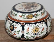 Rozenburg - polychrome Bowl with lid