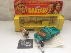 "Corgi Toys - Scale 1/43 - Gift Set 7 ""Daktari"" Land Rover 109 WB with figures and animals"