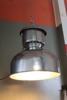 Unknown designer - Industrial Factory Light